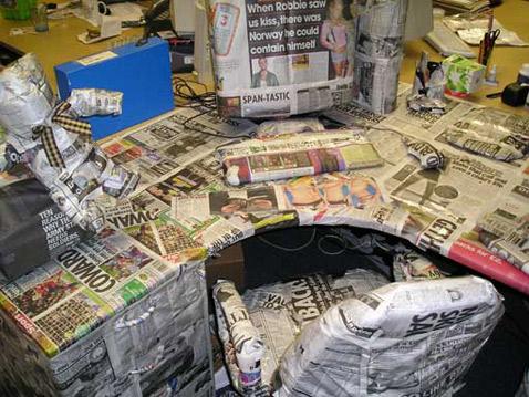 Не исключено, что из-за особой притягательности новой рекламы в скором времени онлайн-варианты газет уйдут в небытие, а бумажные версии станут объектом невероятного почитания (фото с сайта brainfire.co.uk).