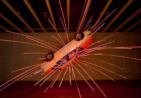 """Конечно, для """"Несвоевременного"""" важен уровень освещения. Чуть светлее— и уже не тот эффект (фото с сайта caiguoqiang.com)."""