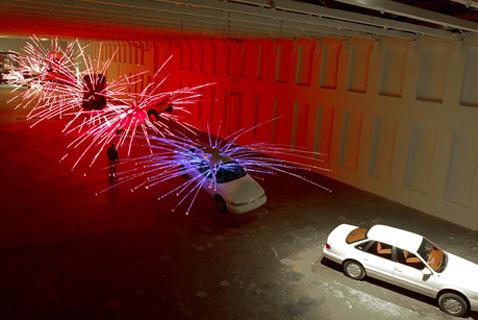 При изучении этой работы действительно невольно задумываешься о терроризме (фото с сайта caiguoqiang.com).
