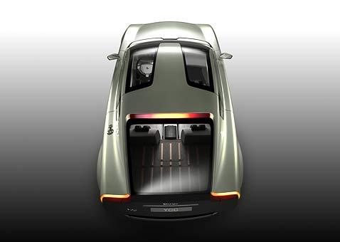 Обратите внимание на комбинированную заправочную горловину слева на крыле (фото с сайта conceptlabvolvo.com).