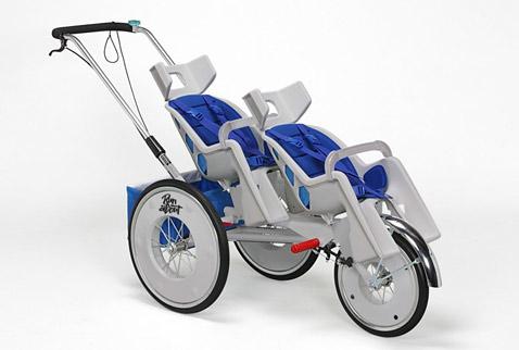 На снимке 2-местной модели хорошо виден регулируемый наклон сидений (фото Berg Design).