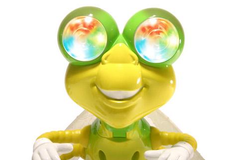 Светлячок Dynafly, как и его собратья, предназначен для детей 5 лет и старше (фото с сайта seetoys.com).
